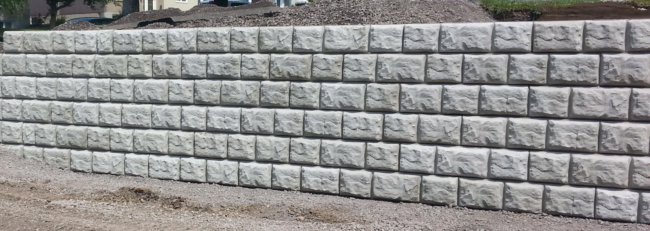 Nos blocs de béton décoratif répondent aux normes d'une nouvelle ville, Longueuil!